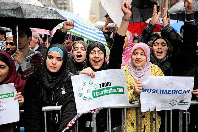2011-03-06-ap-muslim-rallyjpg-4c7b2b7b36eb5146