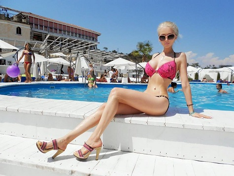 394824-human-barbie-doll-valeriya-lukyanova-loses-more-weight