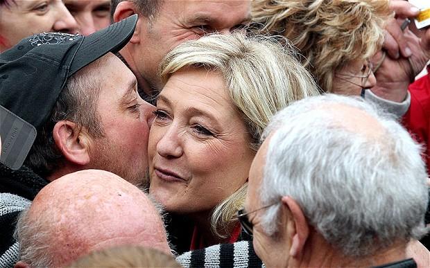 Marine_Le_Pen_2201432b