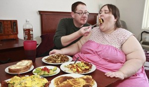 Fat-Woman-Eating3