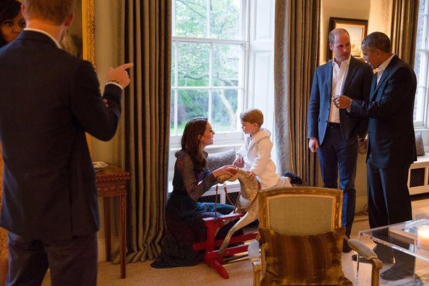 Prince-George-meets-the-Obamas