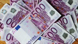 9-kasimda-euro-kuru-rekor-kirdi